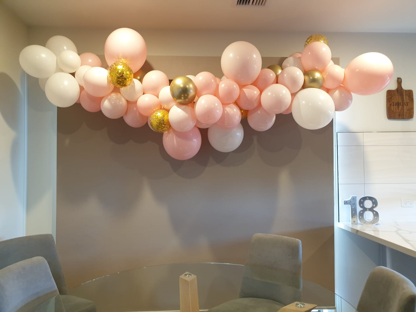 Milestone Birthdays Balloons 10